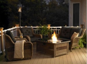 Outdoor Greatroom Company Naples Coffee Table and Black Glass Center Top